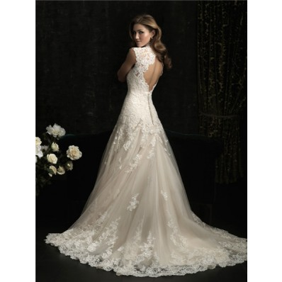 Elegant A Line Princess Scallped Neck Ivory Lace Wedding Dress Keyhole Open Back