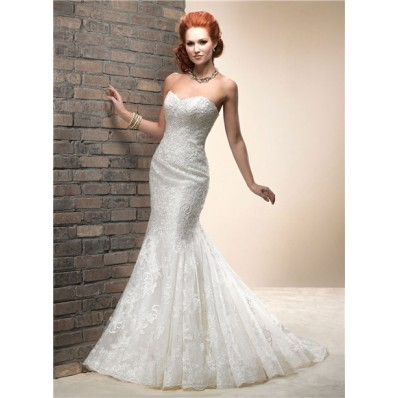 Elegant Fitted Mermaid Sweetheart Lace Wedding Dress With Corset Back