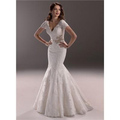 Elegant Mermaid V Neck Backless Vintage Lace Wedding Dress With Short Sleeve