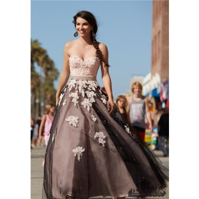 Elegnat Ball Gown Black Tulle Blush Pink Satin Lace Prom Dress Beading Belt