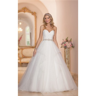 Fairy Ball Gown Sweetheart Organza Ruffle Wedding Dress With Crystals Belt