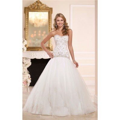 fitted ball gown sweetheart embroidery satin tulle wedding