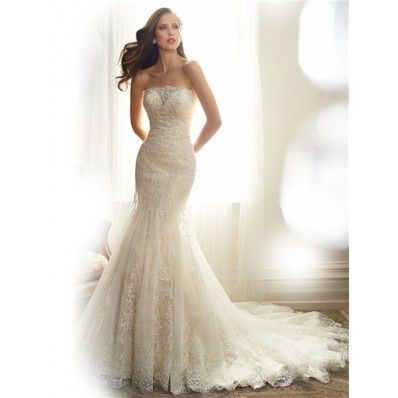 Fitted Mermaid Strapless Tulle Lace Applique Beaded Wedding Dress Corset Back