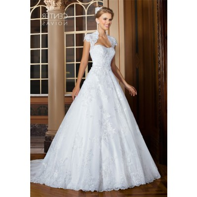 Graceful A Line Strapless Tulle Lace Wedding Dress With Bolero Jacket