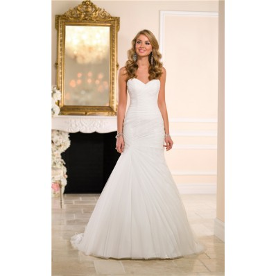 Romantic Mermaid Sweetheart Tulle Ruched Simple Wedding Dress Corset Back
