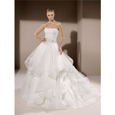 Royal Ball Gown Strapless Tulle Ruffle Wedding Dress With Floral Belt