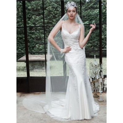 Sexy Fitted Sweetheart Backless Tulle Lace Wedding Dress With Spaghetti Straps