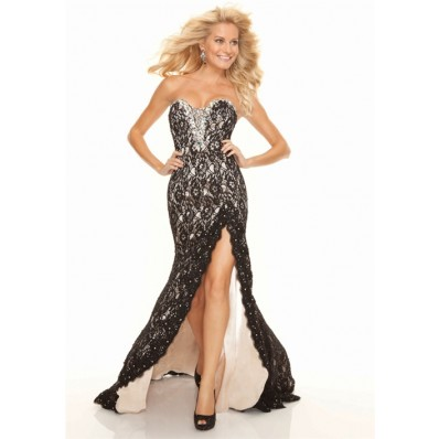 Sexy sweetheart long black lace prom dress with slit and beading