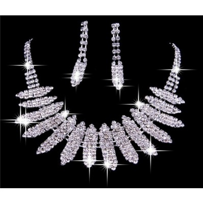 Shining Crystals Wedding Bridal Jewelry Set,Including Necklace and Earrings