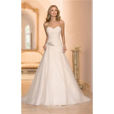 Stunning Princess A Line Sweetheart Ruched Tulle Crystal Wedding Dress Corset Back