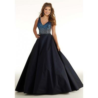 A Line Long Black Taffeta Ombre Beading Prom Dress V Neck