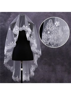 Cute One Tier Tulle Lace Flowers Pearls Waltz Length Wedding Bride Veil