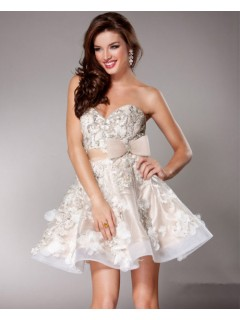 Elegant A line Sweetheart Short/Mini Nude/Ivory Beaded Party Cocktail Dress With Flowers