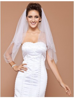 Elegant Two Layer Tulle Wedding Bridal Veil With Pearls Flowers