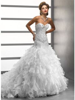Luxury Trumpet/ Mermaid Sweetheart Crystals Beading Organza Wedding Dress With Ruffles Train