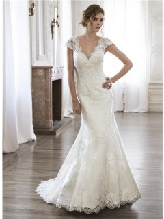 Mermaid Scalloped Neckline Open Back Vintage Lace Wedding Dress With Cap Sleeves