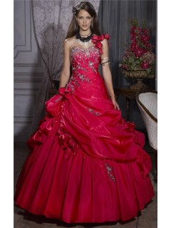 Pretty Ball Gown Red Taffeta Quinceanera Dress With Embroidered Beading