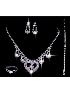 Romantic Shining crystal Wedding Bridal Jewelry Set,Including Necklace ,Earrings and ring