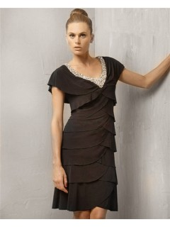 Stunning Sheath Cap Sleeve V Neck Short Black Tiered Cocktail Evening Dress