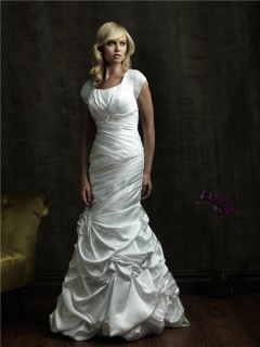 Trumpet/ Mermaid square court train cap sleeve wedding dress