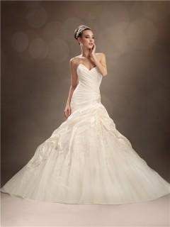 Trumpet/Mermaid sweetheart chapel train taffeta tulle wedding dress