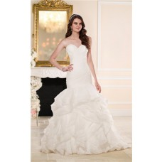 Charming Trumpet Mermaid Sweetheart Ruched Organza Ruffle Wedding Dress