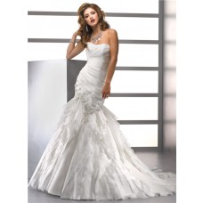 Elegant Trumpet/ Mermaid Sweetheart Tiered Organza Wedding Dress With Beaded Crystals Lace