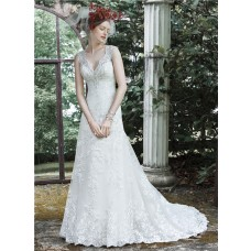 Fitted A Line Scalloped Neckline See Through Back Lace Beaded Wedding Dress