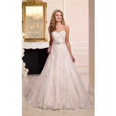 Romantic A Line Sweetheart Tulle Lace Wedding Dress With Crystals Sash